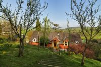 Dick Turpin Holiday Cottage Showing Shropshire Hills