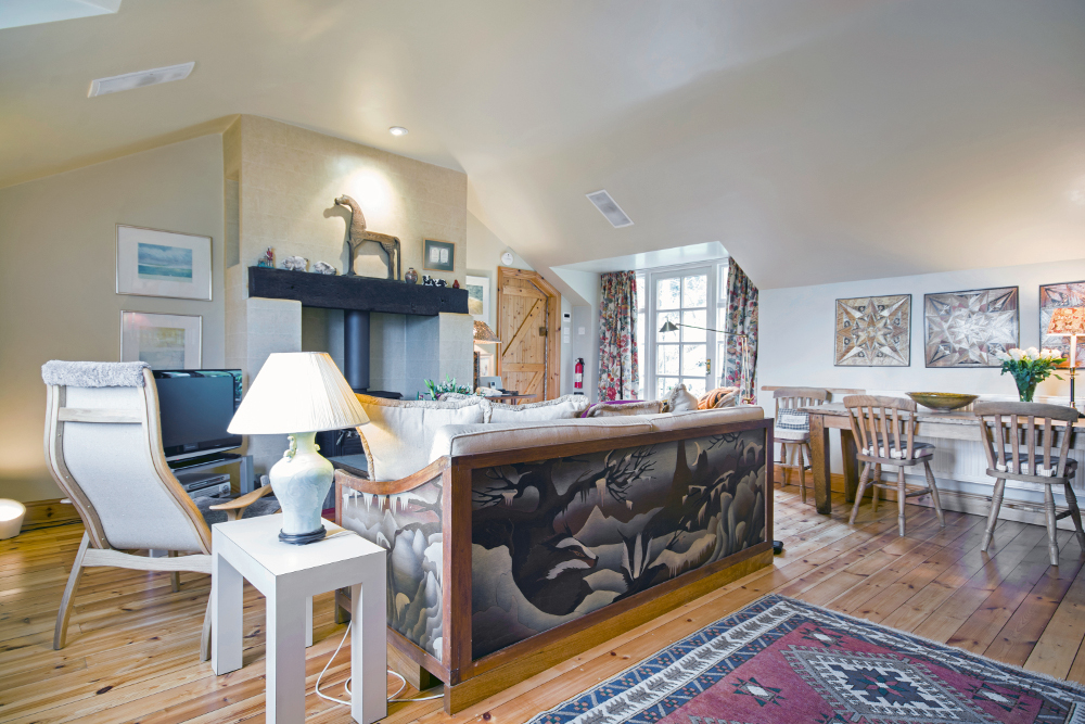 About The Turpin Luxury Holiday Cottage - Turpin Cottage on fitness packages, software packages, catering packages, bath packages, marketing packages,
